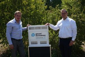 André Sinkwitz beim Erfahrungsaustausch und Übergabe mit Jan Höntzsch